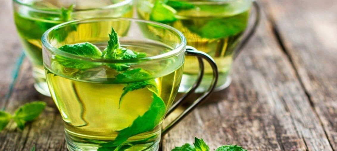 Зелений чай з м'ятою