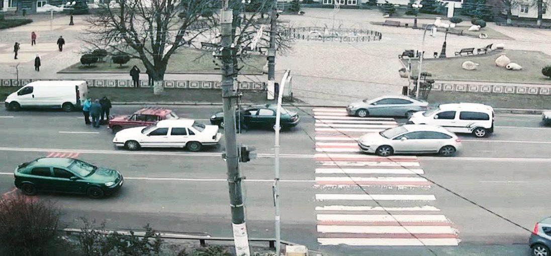 У Борисполі збили пішохода на переході - Навпроти Міської ради