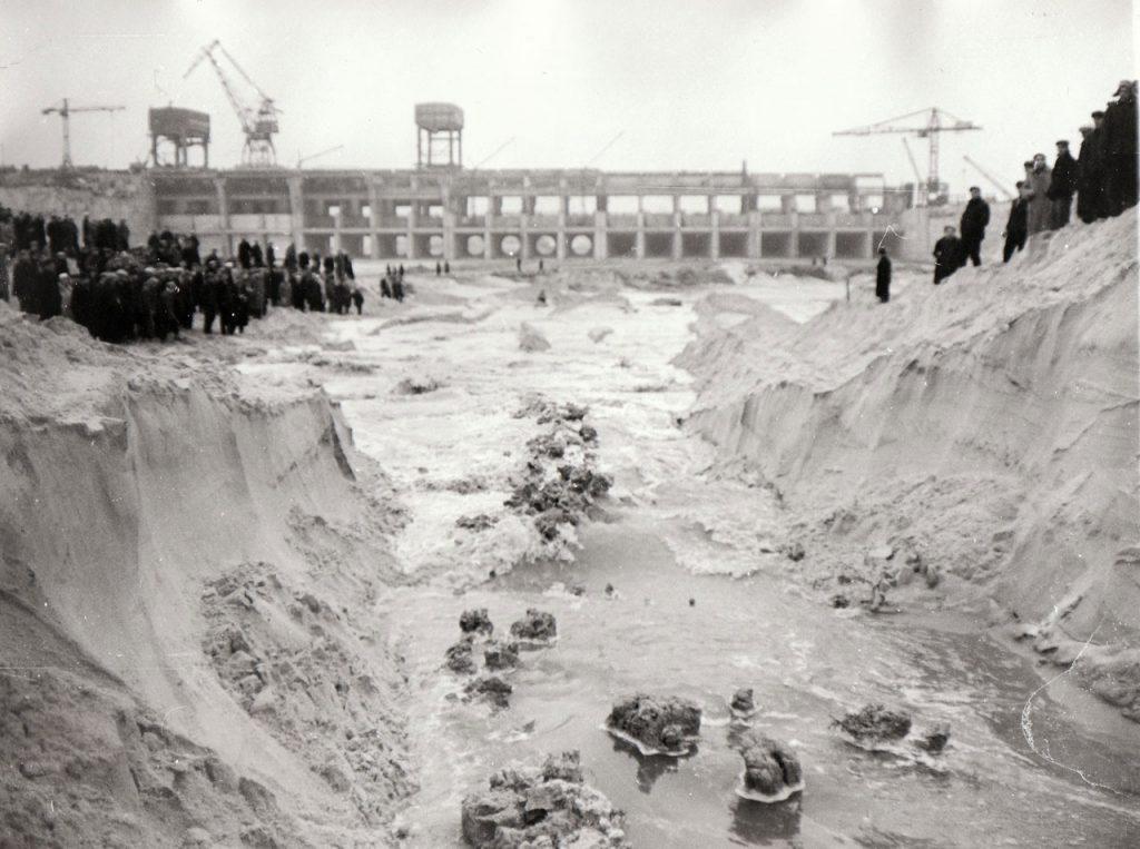 Будівництво Київського моря
